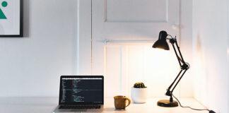 Praktyczne lampy na biurko